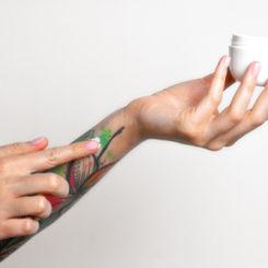 【医師が教える】塗るだけの麻酔クリームを入れ墨に使うのは危険!