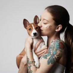【医師が教える】日本の変わった刑罰!罪人は額に「犬」の入れ墨を彫られる