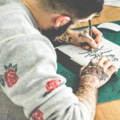 【医師が教える】図案だけ見て刺青を決めない方がいい理由とは?